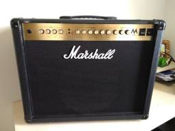 Cubo amplificador para Guitarra