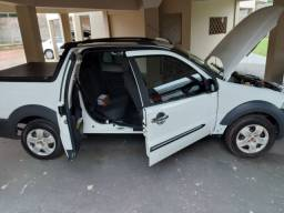 Fiat Strada muito conservado