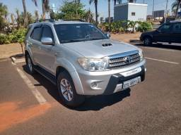 Toyota Sw4 3.0 4x4 diesel 7 lugares