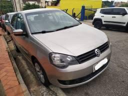 VW Polo Hatch 1.6 Prata 2014 - Completo