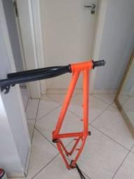 Quadro BMX pro x cromoly e garfo fly