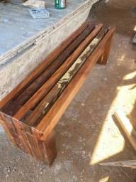 Título do anúncio: Banco de madeira de demolição