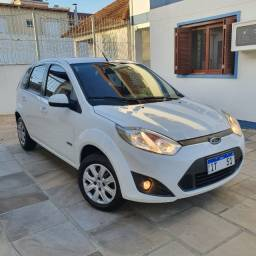 Ford Fiesta 1.6 - completo - impecável