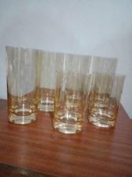 Título do anúncio: Conjunto Antigo De Copos Em Cristal Lapidado