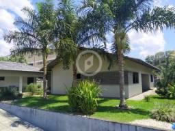 Casa à venda no bairro Centro - Schroeder/SC