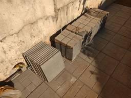 Ladrilho Extra Brick Cinza - Calçada