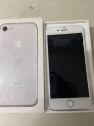 Vendo ou troco IPhone 7 de 128 Gb!