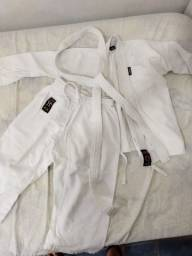 Kimono Karatê infantil 00 com faixa