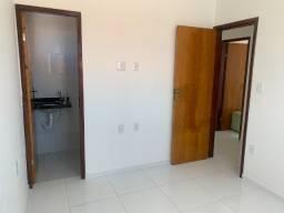 Apartamento em Mangabeira R$700,00 -  Ótima localização.