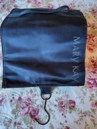 Porta maquiagem grande Mary Kay