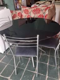 Mesa de vidro c 4 cadeiras