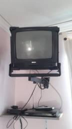 Tv com conversor, suporte, antena e dvd