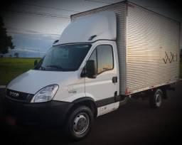 Caminhão Baú Iveco Daily 35s14 - 2018 - *Super Novo
