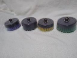 Kit 4 escovas lavar sofas. Sendo 4 rotativas