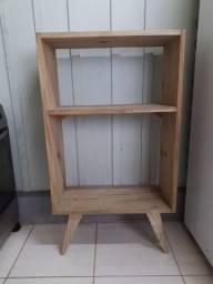 Armário ou móvel para microondas e eletrodomésticos.