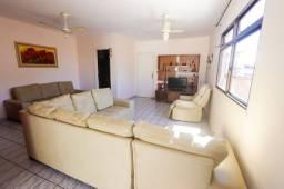 Oportunidade de locação anual, apartamento com área externa