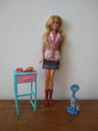 Barbie veterinária- antiga
