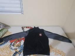 """Vendo blusa de frio do """"corinthians"""""""