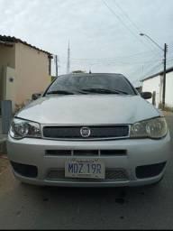 Vende-se Fiat Palio. 2005.