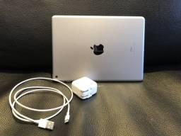 iPad 32GB Wi-fi (6th Generation) + Apple Pencil