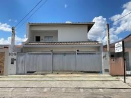 Casa a venda bairro Capuchinhos