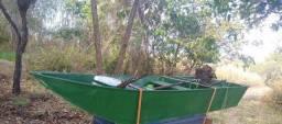 Canoa com rabeta