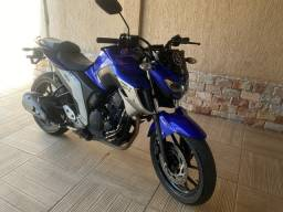 Título do anúncio: Fazer 2018 250 cc Aceito Proposta