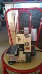 Máquina de costura overlock star fn2-7