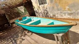 Barcos de fibra de vidro