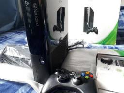 Xbox 360 Slim Muito Conservado-1Controle com bateria e carregador