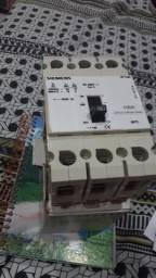 Disjuntor trifásico siemens 100 amperes