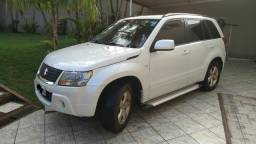 Suzuki Grand Vitara 2.0 Automático 4X4 AWD branco perolizado - 2012