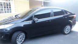 Ford New Fiesta Sedan 1.6 titanium - 2014
