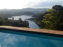 Reservas p/ Novembro - Chácara na Represa de Igaratá - WhatsApp na Descrição