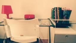 Conjunto de Mesinha de estudos com cadeira e gaveteiro