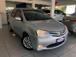 Toyota Etios HB XLS - 2013