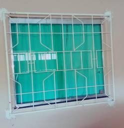 Grades para janelas e ar-condicionado