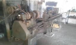 Torno mecanico carcaceiro antigo