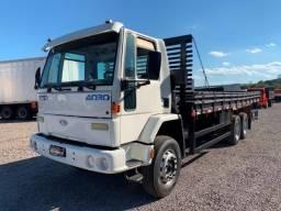 Ford Cargo 4030 - Carroceria 8m