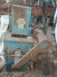 Máquina beneficiadora de arroz (escopadeira de arroz) marca Nogueira