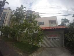 Linda Casa Duplex- 04 quartos- Modulados e Climatizada- Cj Aruanã- Compensa