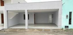 Casa (Reformada) COM 2/4 no Quintas do Sol, bairro Papagaio - Aluguel 1.200,00