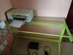 Mesa para computador com impressora