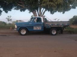 Ford F1000 - 1982