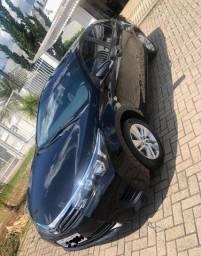 Vendo Toyota Corolla Gli Upper 2016 (único dono)