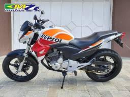 Honda Cb 300 R Limited 2014 Branca com 48.000 km