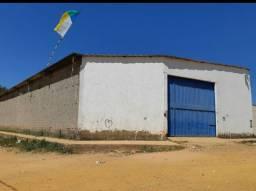 Vende-se Galpão 1000m2 com escritório, localizado na rua Piauí, 5816, bairro Cohab