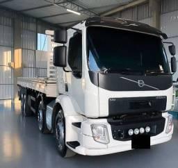 Caminhão Volvo Bitruck VM-330 Ano 2017