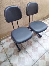 Vendo este jogo de cadeira longarina