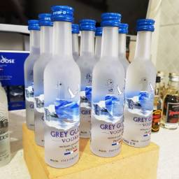 Miniatura Vodka Grey Goose Francesa - 50ml - Original, Lacrada e Licenciada